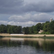 Daugava/ KRUSTPILS atteka/ Brīvības cīnītāju piemineklis